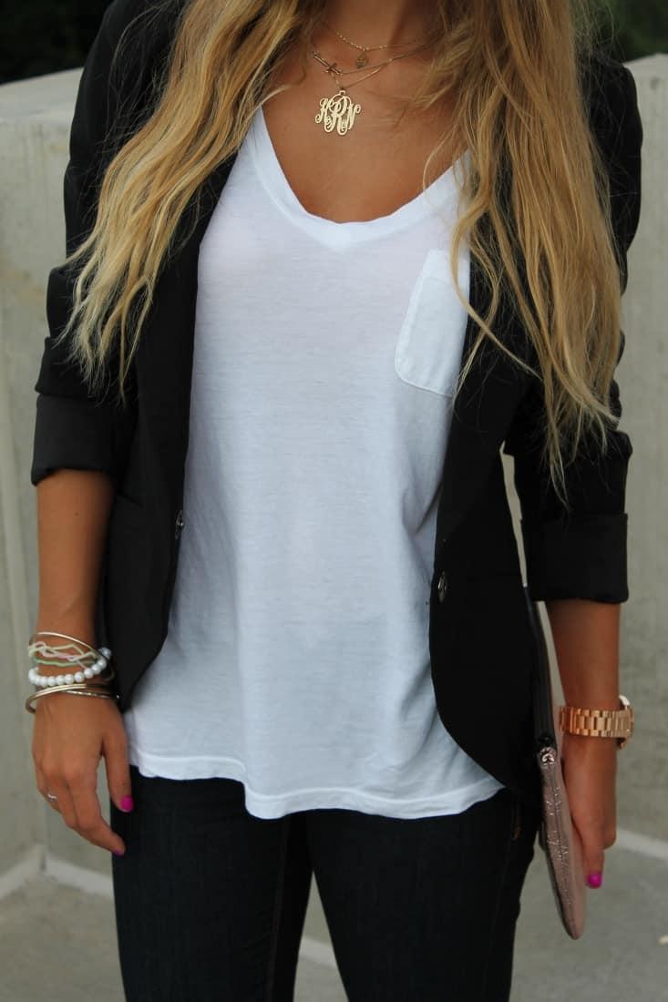 Модел бяла тениска 11