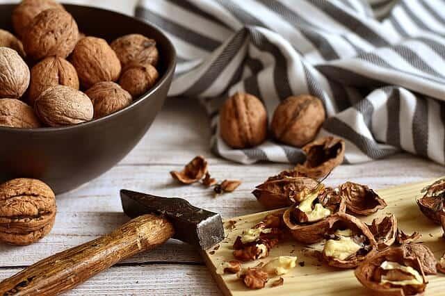 орехи за възпаления