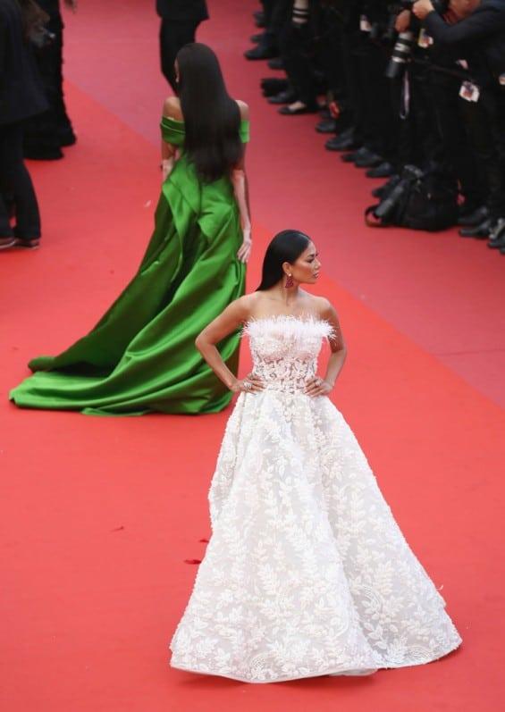 Красота! Никол Шерцингер неустоима на фестивала в Кан