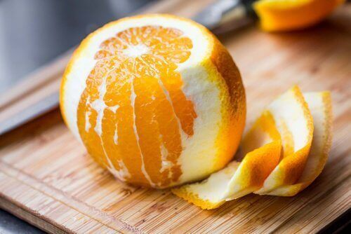 8 лечебни свойства на портокаловата кора