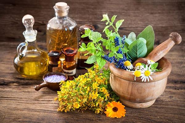10 етерични масла, полезни за женското здраве