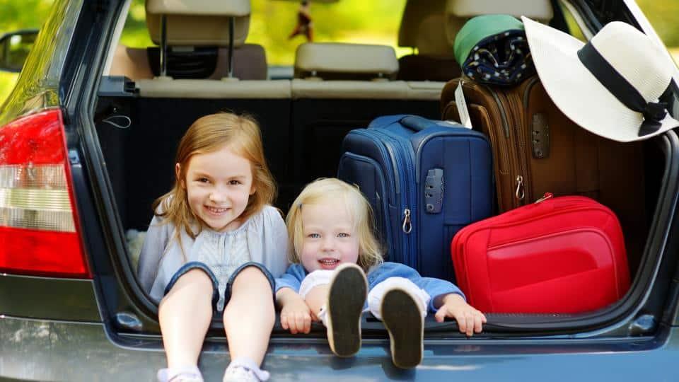 Как да пътуваме безпроблемно с деца?